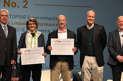 LLNL Computation executives receive an award at SC18